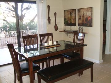 Fountain Hills condo rental - Dining for six & Wine Bar