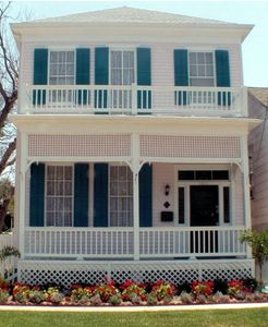Welcome to the Galveston Victorian House!
