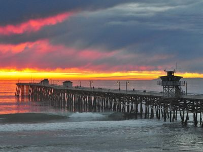 San Clemente apartment rental - Sunset at the Pier with a perfect wave
