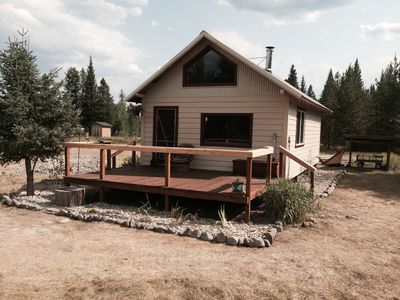 Newly refurbished cabin in Polebridge!