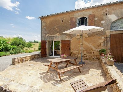 Detached cottage in a rural area with many attractions.
