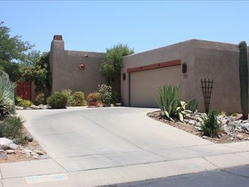Tucson house rental - Santa Fe - front view
