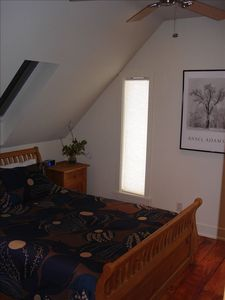 Twin Bridges house rental - Bedroom #3 with Queen bed, empty dresser, ipod alarm radio