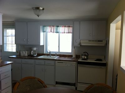 full eat in kitchen, washer, dryer, dishwasher