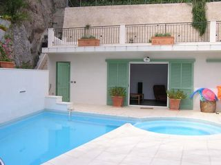 Menton villa photo - Pool, jacuzzi, fountain and pool house