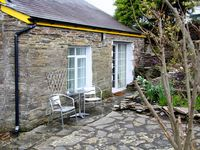 THE GARDEN APARTMENT, pet friendly in Tintagel, Ref 2958