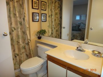Shared main Bath with Queen and Twin bedrooms + hair dryer