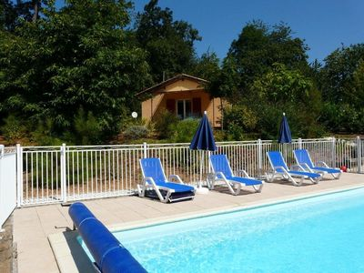 Vacation home with heated pool, directly by the hiking path, view into valley