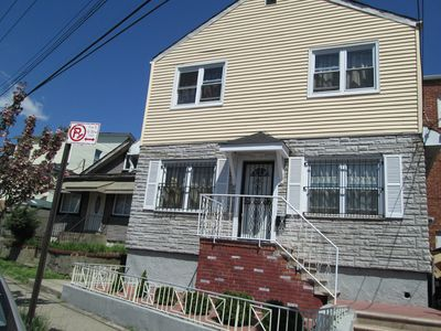 Woodside, Queens Newly Renovated, Spacious 3 Bdrm Home, Easy Access To Manhattan