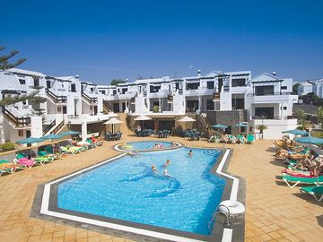 Puerto del Carmen apartment rental - Club Oceano - heated pools