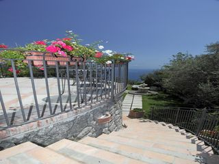 Amalfi villa photo - outdoor stair case