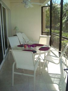 Spacious Tiled Lanai for Outside Breakfast, Dining and Relaxing