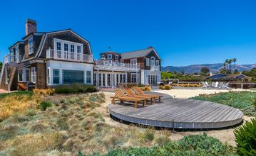 Santa Barbara house rental - Designer Furnished Cape Cod Oceanfront