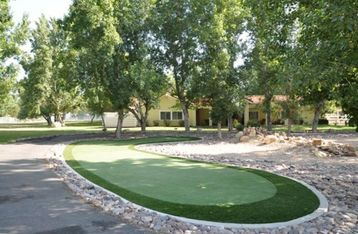 Temecula house rental - Front entrance to home with putting green