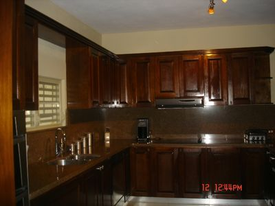 Equipped Kitchen granite counter top very spacious