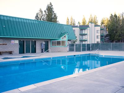Pool and hot tub are just across the parking lot from the building. Easy access.