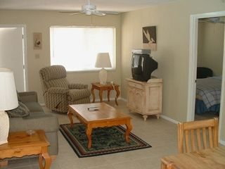 Bradenton Beach condo rental - A view from the kitchen into the living room