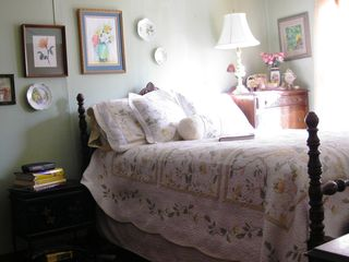 Lead cottage photo - Romantic Master Bedroom, Double Bed, Sleeps up to 2
