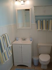 Daytona Beach house photo - Bathroom No. 2