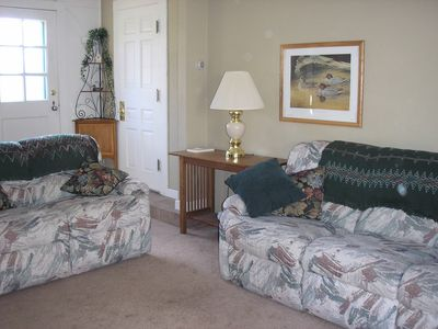 Family room w/flat screen television