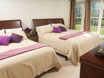 1 Queen size bed+ 1 double bed in the Masterbed + HDTV 21''+ bathroom