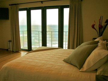 One of two Master Suites right above the water!