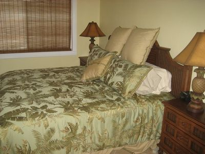 Marathon townhome rental - Upstairs Master Bedroom with King Size Bed, Unit #1