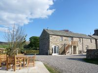 Angel Barn, Fabulous Barn Conversion, Rural Retreat Near Lakes and Dales