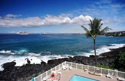 Kailua Kona condo rental - Expansive, spectacular ocean-front view from the lanai