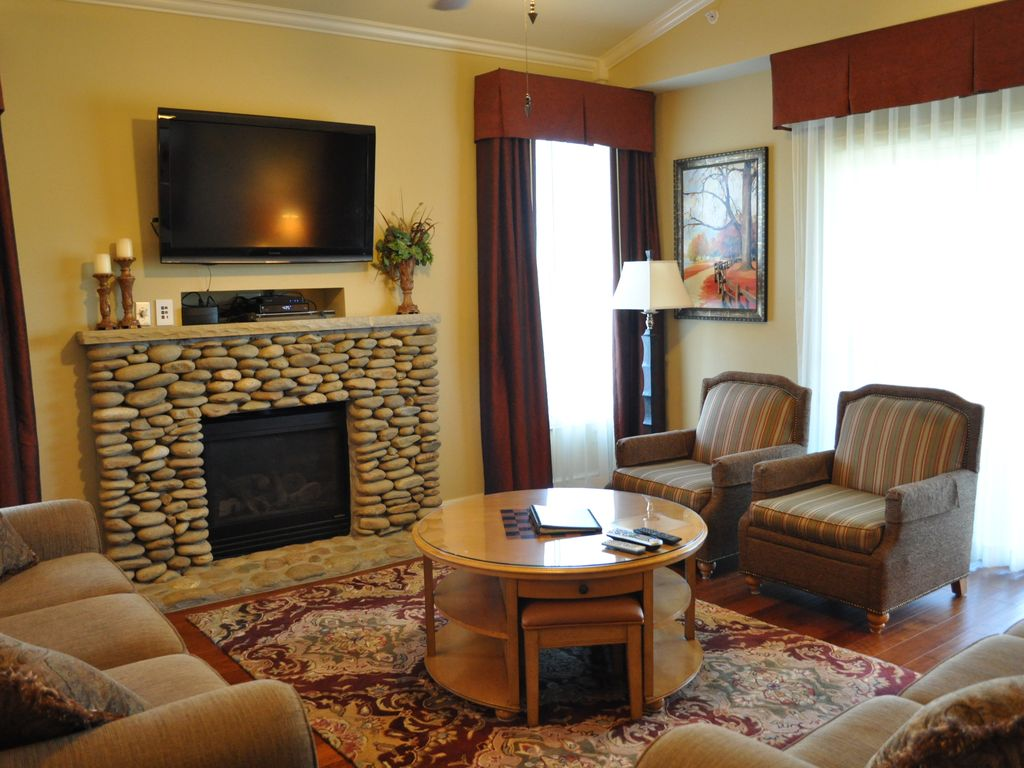 Luxury Riverstone Condo Large Heated Indoor Vrbo