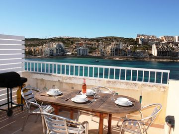 Blue Harbour Seafront Penthouse in St Paul's Bay