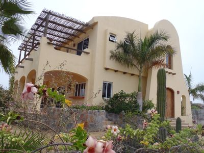 Todos Santos house rental - Unique Architecture