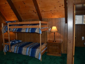 Big Bear Lake CABIN Rental Picture