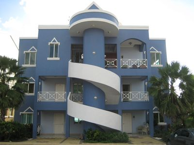 Curacao condo rental - Building D apts on second floor