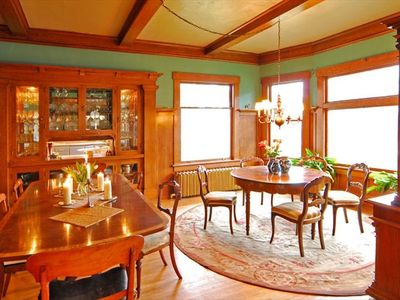 Gracious Dining Rooms Seating for up to 15 guests