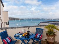 A Wonderful Apartment In The Heart Of Falmouth With Glorious Sea Views