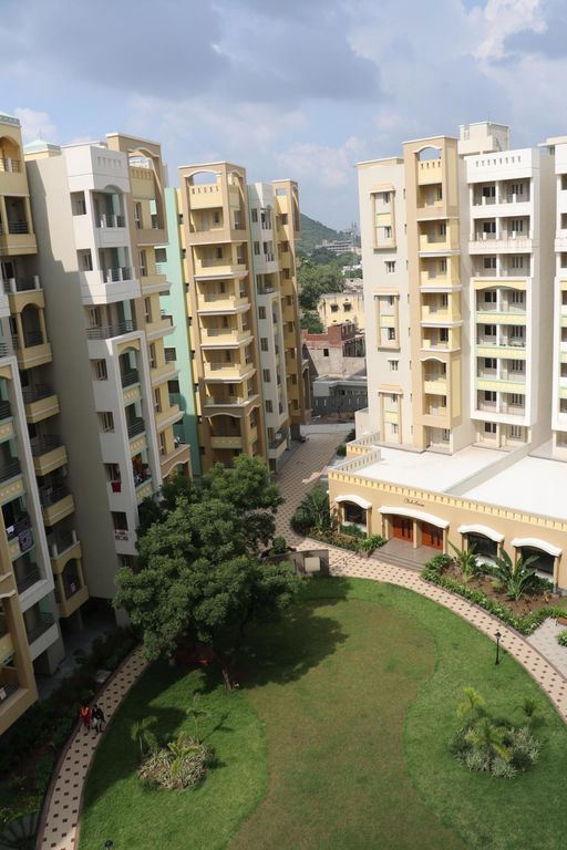 Royal Orchid 3bhk Lakend Suite