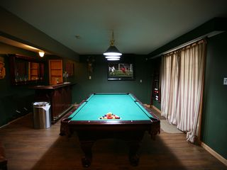 Towamensing Trails chalet photo - Pool Table, Flat Panel TV and Wet Bar in Game Room