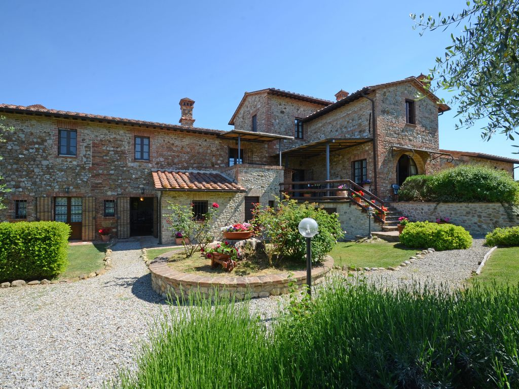 Season 2016 last available weeks homeaway chiusi for Tuscany villas