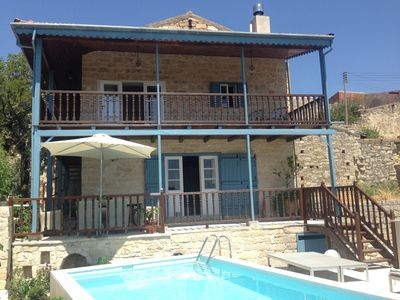 Luxurious & Secluded Balcony House - Stunning views with own private pool
