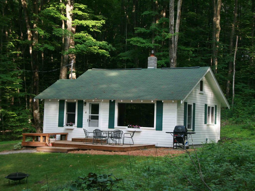 Open year around up north cabin with big vrbo for Up north cottages