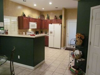 Phoenix condo photo - Easy to use kitchen with everything you need to prepare meals during your stay.