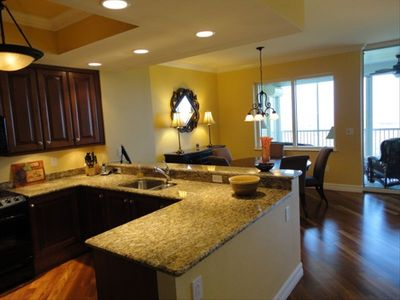 Immaculate and fully equipped kitchen and dinning area