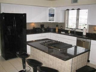 Boardwalk condo photo - .Full size eat-in kitchen with all amenities.