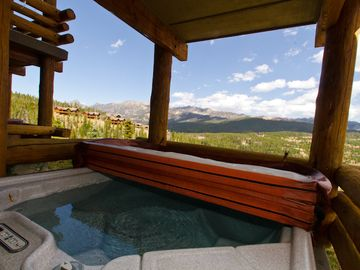 Big Sky townhome rental - Patio Hot Tub with Spectacular Views