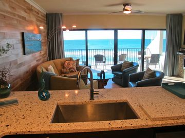 Cook oceanfront. Enjoy coffee, tea & wine with a calming water view.
