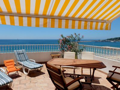 High class apartment with 30 m² terrace, directly at the beach, children welcome
