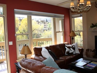 Large Windows Galore--Corner Unit. Magnificent Views of BC Valley and River.