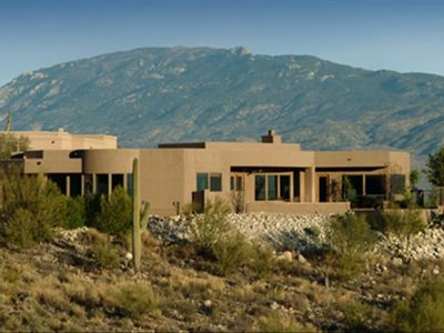 Situated in the foothills of the Catalina Mountains