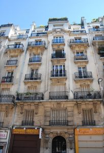 Montmartre: a Parisan Lifestyle - 77sqm -Access to Tourist Sites